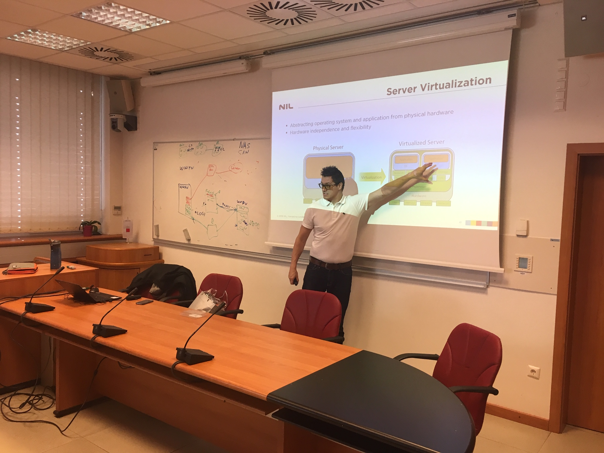 Invited lecture of Mr. Jaka Javornik about data centres