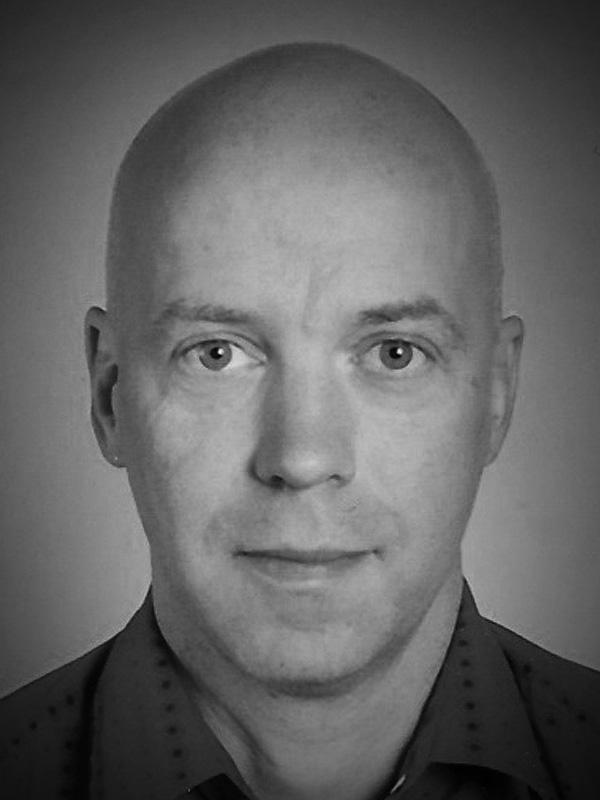 dr. Matevž Pustišek