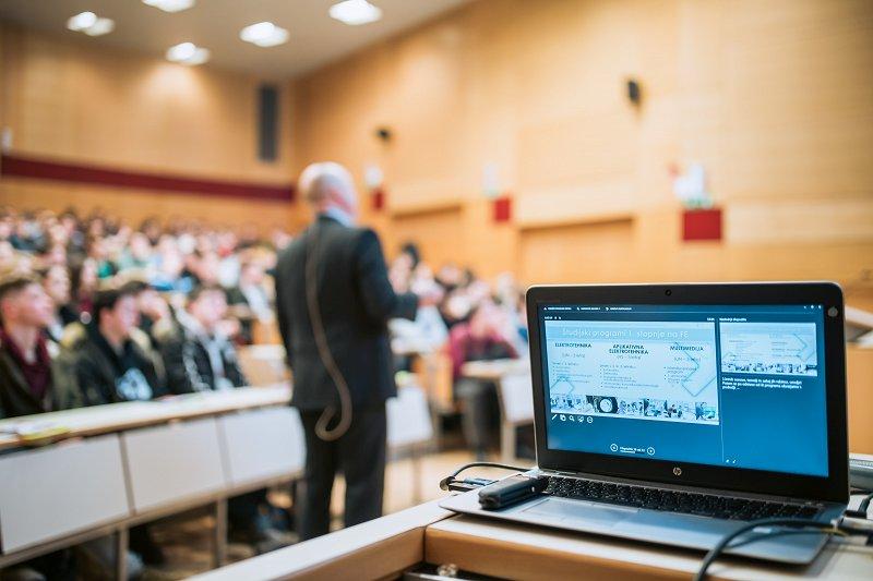 Interdisciplinarni projekti na FE in aktualne družbene problematike